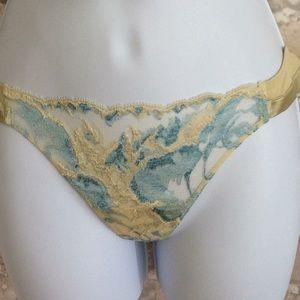 La Perla Intimates & Sleepwear - La Perla Lace Bra And Thong
